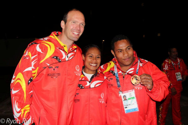 3 PNG Gold Medalists